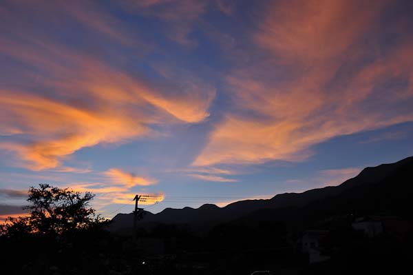 I thought I'd leave you with a few shots of the mountains.  This is one of the many spectacular sunsets as seen from our mirador.