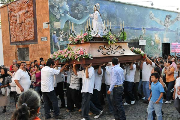 They are making their way to the church in the Ajijic plaza.